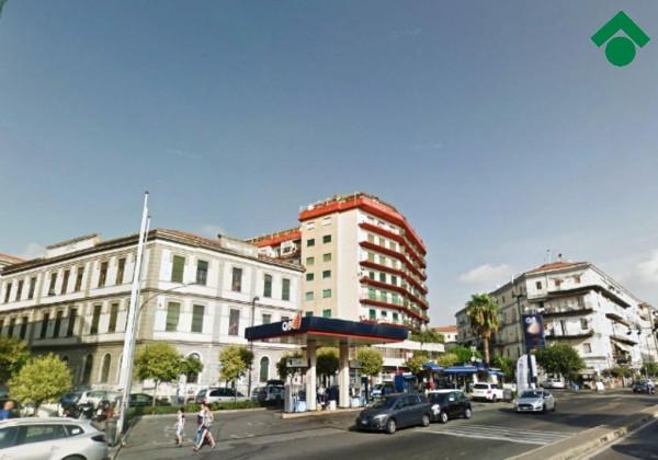 Bilocale Napoli Via Benedetto Cairoli, 1 1
