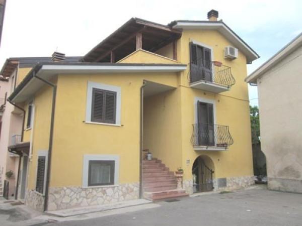 Appartamento in vendita a Montorio al Vomano, 4 locali, prezzo € 56.000 | Cambio Casa.it