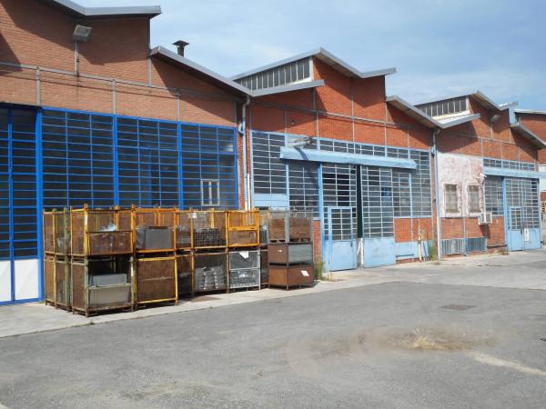 Capannone in vendita a Beinasco, 3 locali, Trattative riservate | Cambio Casa.it
