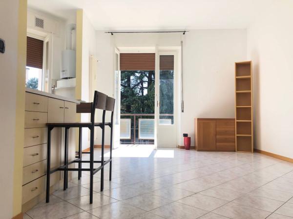 Appartamento in affitto a Sovico, 2 locali, prezzo € 550 | Cambio Casa.it