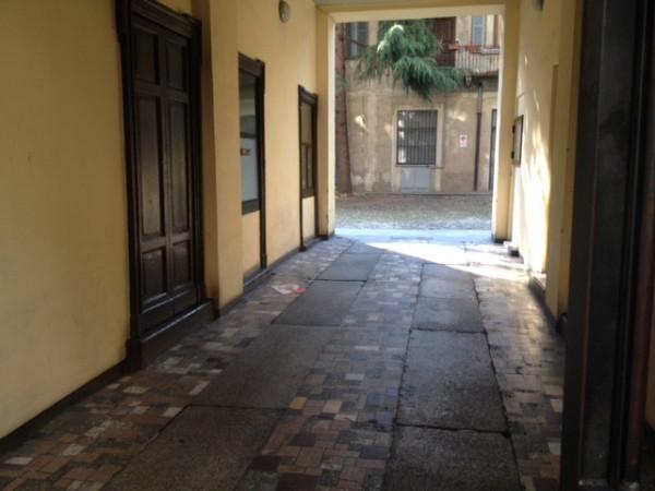 Bilocale Milano Piazzale Loreto 2