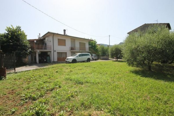 Villa in Vendita a Capannori Periferia Est: 5 locali, 235 mq
