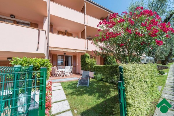Appartamento in vendita a Brenzone, 2 locali, prezzo € 175.000 | Cambio Casa.it