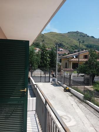 Appartamento in vendita a Vairano Patenora, 6 locali, prezzo € 115.000 | Cambio Casa.it