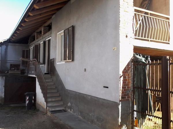 Bilocale Front Via Cesare Pavese 2