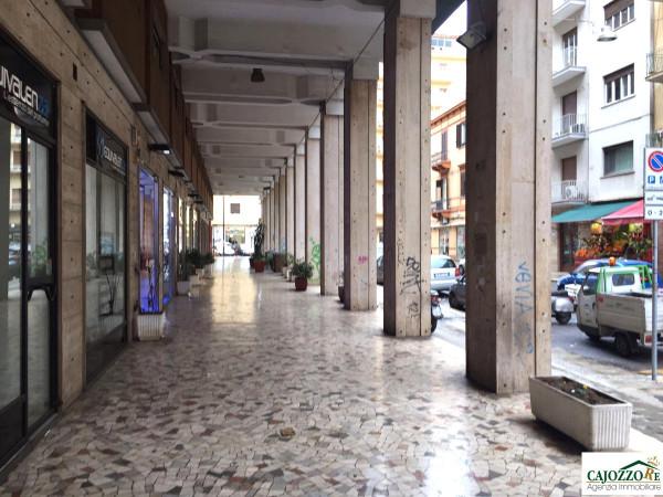 Magazzino in affitto a Palermo, 1 locali, prezzo € 450 | Cambio Casa.it