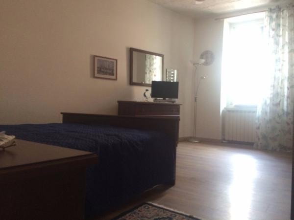 Bilocale Trieste Via Dei Piccardi 11