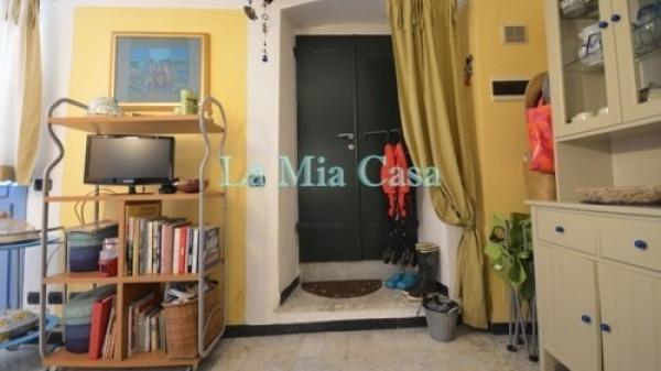 Bilocale Lerici Via San Francesco 11