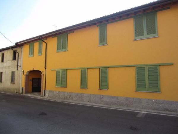 Bilocale Motta Visconti Via Gigi Borgomaneri 2