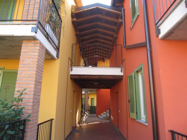 Bilocale Motta Visconti Via Gigi Borgomaneri 3