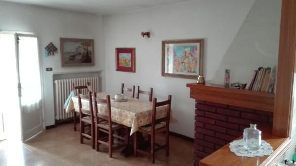 Villa in Vendita a San Mauro Pascoli Centro: 5 locali, 262 mq