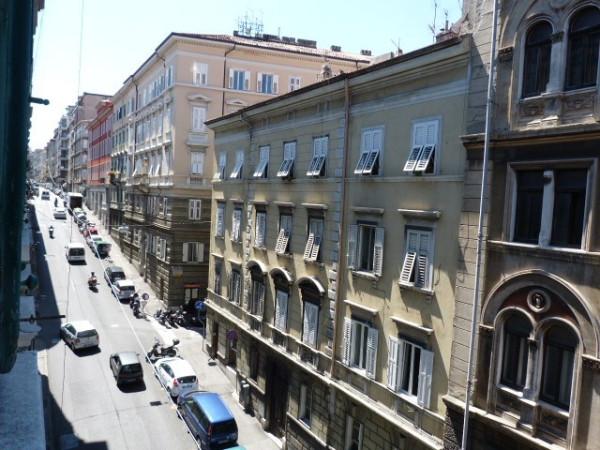 Bilocale Trieste Via Domenico Rossetti 8
