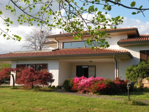 Villa in vendita a Sumirago, 6 locali, prezzo € 745.000 | Cambio Casa.it