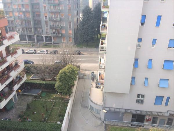 Bilocale Milano Viale Delle Rimembranze Di Greco 3
