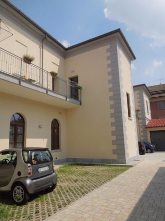 Appartamento in affitto a Fontaneto d'Agogna, 2 locali, prezzo € 450 | Cambio Casa.it