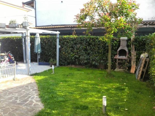 Villa in Vendita a Vigolzone Periferia: 5 locali, 150 mq