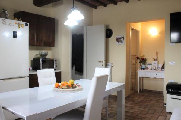 Villa in vendita a Capannori, 4 locali, prezzo € 600.000 | Cambio Casa.it