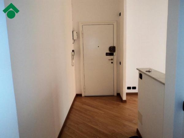 Bilocale Milano Via Casella, 33 3