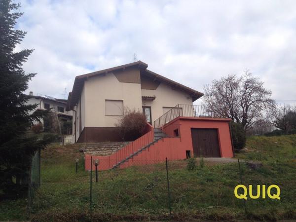 Villa in vendita a Civate, 4 locali, prezzo € 380.000 | Cambio Casa.it