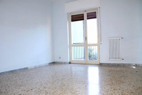 Appartamento in vendita a Valenzano, 3 locali, prezzo € 125.000 | Cambio Casa.it