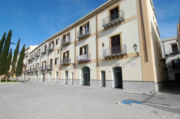 Negozio / Locale in vendita a Palermo, 9999 locali, Trattative riservate   Cambio Casa.it