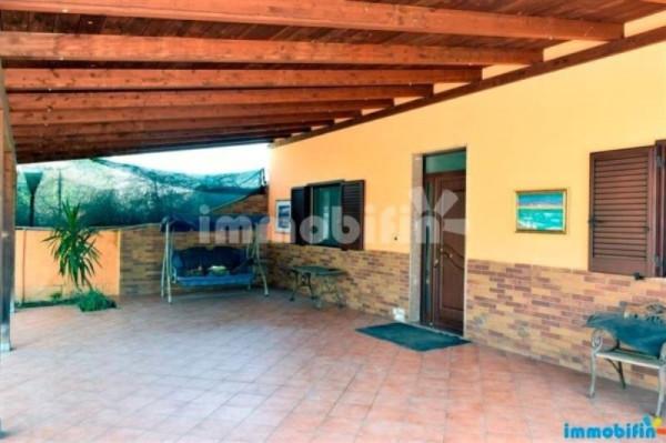 Villa in vendita a Oria, 5 locali, prezzo € 140.000 | Cambio Casa.it