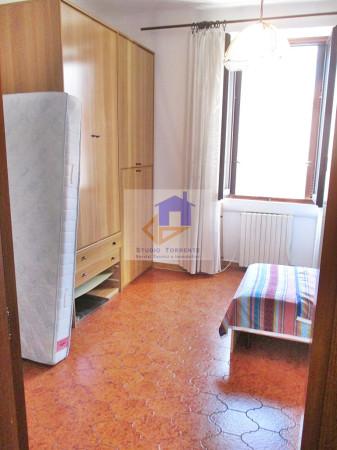 Bilocale Milano Via Degli Imbriani 9
