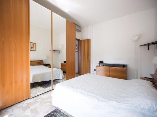Bilocale Milano Via Teodosio 8