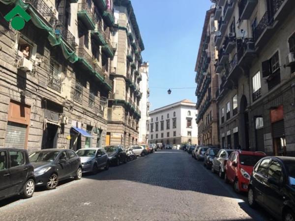Bilocale Napoli Vico Palazzo Due Porte 1