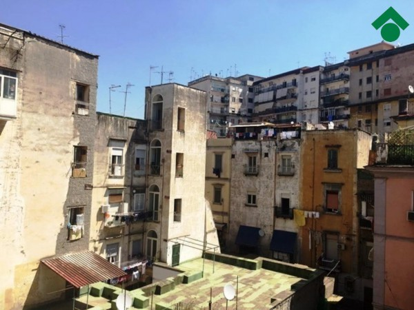 Bilocale Napoli Vico Palazzo Due Porte 6
