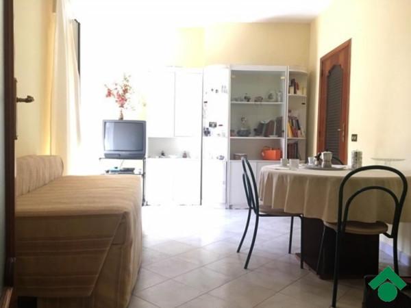 Bilocale Napoli Vico Palazzo Due Porte 8