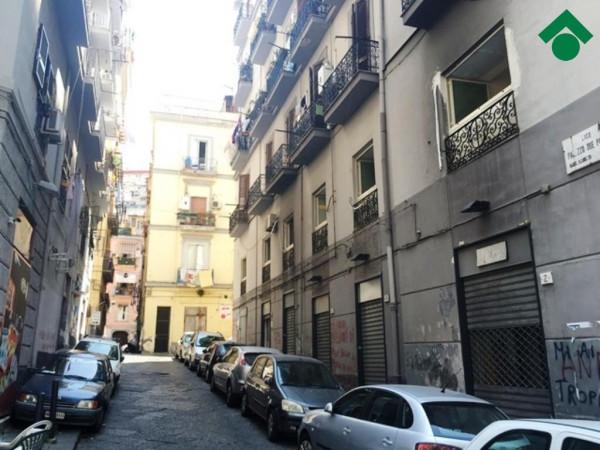 Bilocale Napoli Vico Palazzo Due Porte 9