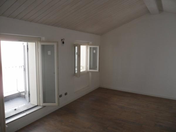 Attico / Mansarda in affitto a Mariano Comense, 1 locali, prezzo € 400 | Cambio Casa.it