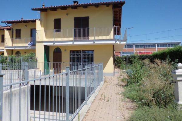 Villa in vendita a Bra, 5 locali, prezzo € 240.000 | Cambio Casa.it