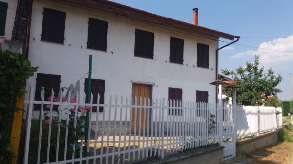Rustico / Casale in vendita a San Damiano d'Asti, 6 locali, prezzo € 79.000 | Cambio Casa.it