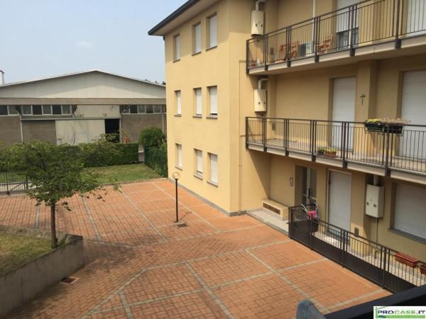 Appartamento in vendita a Rovellasca, 3 locali, prezzo € 158.000 | Cambio Casa.it