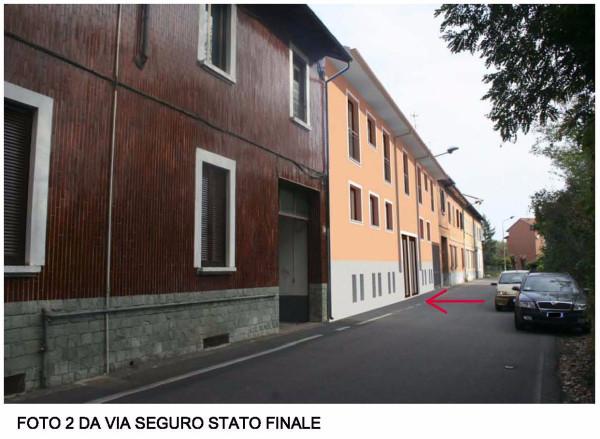 Bilocale Milano Via Seguro 10