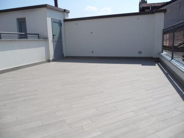 Appartamento in affitto a Mariano Comense, 2 locali, prezzo € 600 | Cambio Casa.it