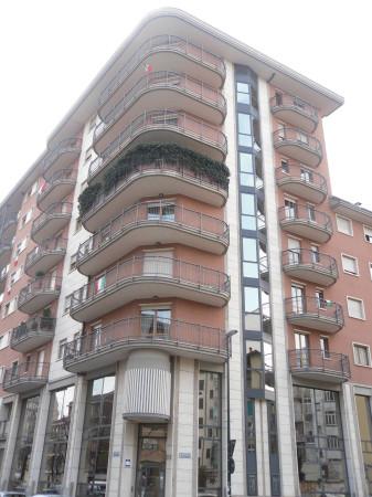 Appartamento in vendita a Torino, 6 locali, zona Zona: 8 . San Paolo, Cenisia, prezzo € 530.000 | Cambio Casa.it
