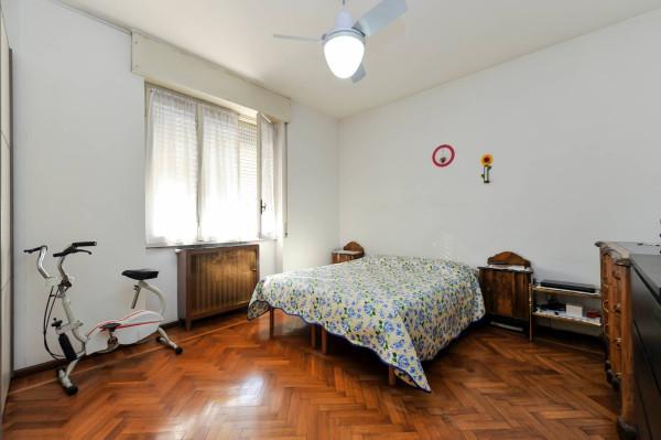 Bilocale Milano Via Ettore Ponti 8