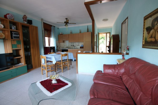 Appartamento in vendita a Zovencedo, 3 locali, prezzo € 43.000 | Cambio Casa.it