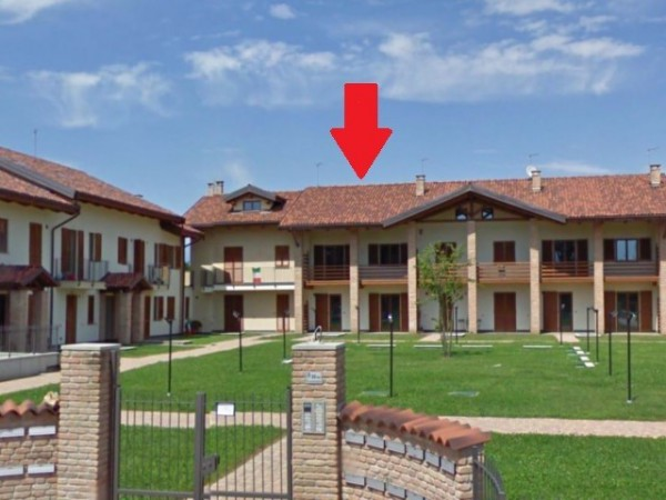 Villa a Schiera in vendita a San Francesco al Campo, 4 locali, prezzo € 125.000 | Cambio Casa.it