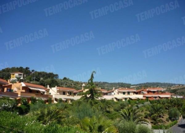 Appartamento in vendita a Costarainera, 3 locali, prezzo € 229.000 | Cambio Casa.it