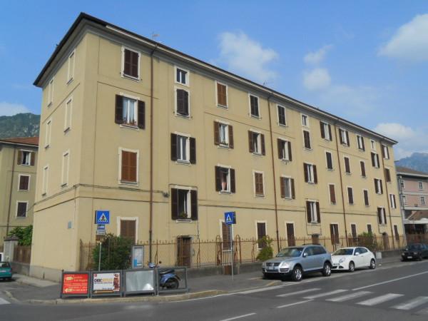 Bilocale Lecco Via Bruno Buozzi 2