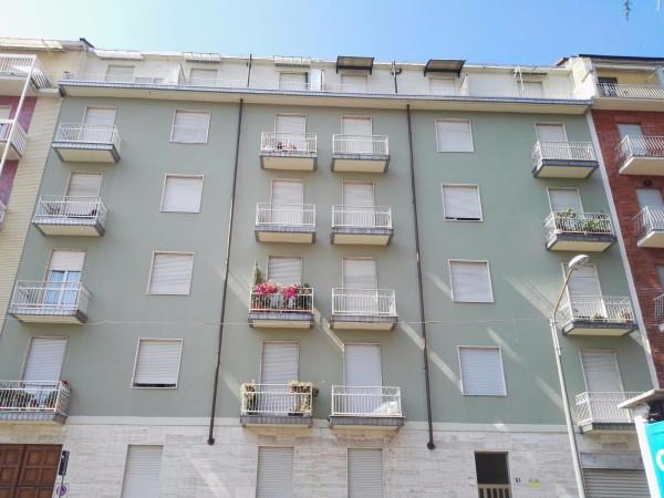 Bilocale Torino Via Mombasiglio 2