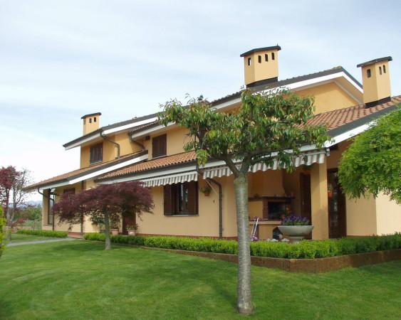 Villa in vendita a Mazzè, 6 locali, prezzo € 370.000 | Cambio Casa.it