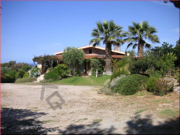 Villa in Vendita a Alghero Periferia Est: 5 locali, 200 mq