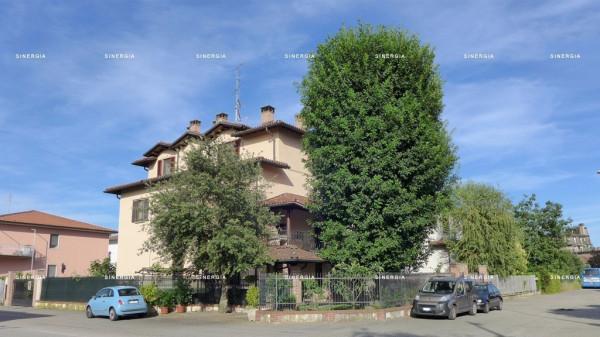 Villa in vendita a Abbiategrasso, 3 locali, prezzo € 340.000 | Cambio Casa.it