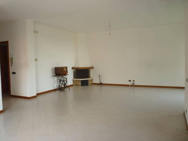 Villa in vendita a Massalengo, 4 locali, prezzo € 230.000 | Cambio Casa.it