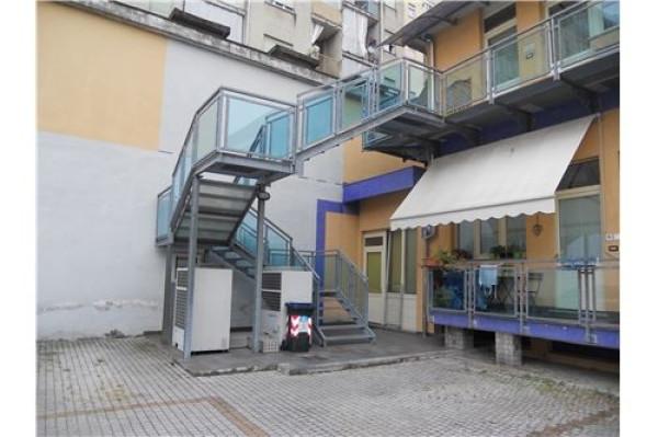 Bilocale Torino Via Brissogne, 18 4